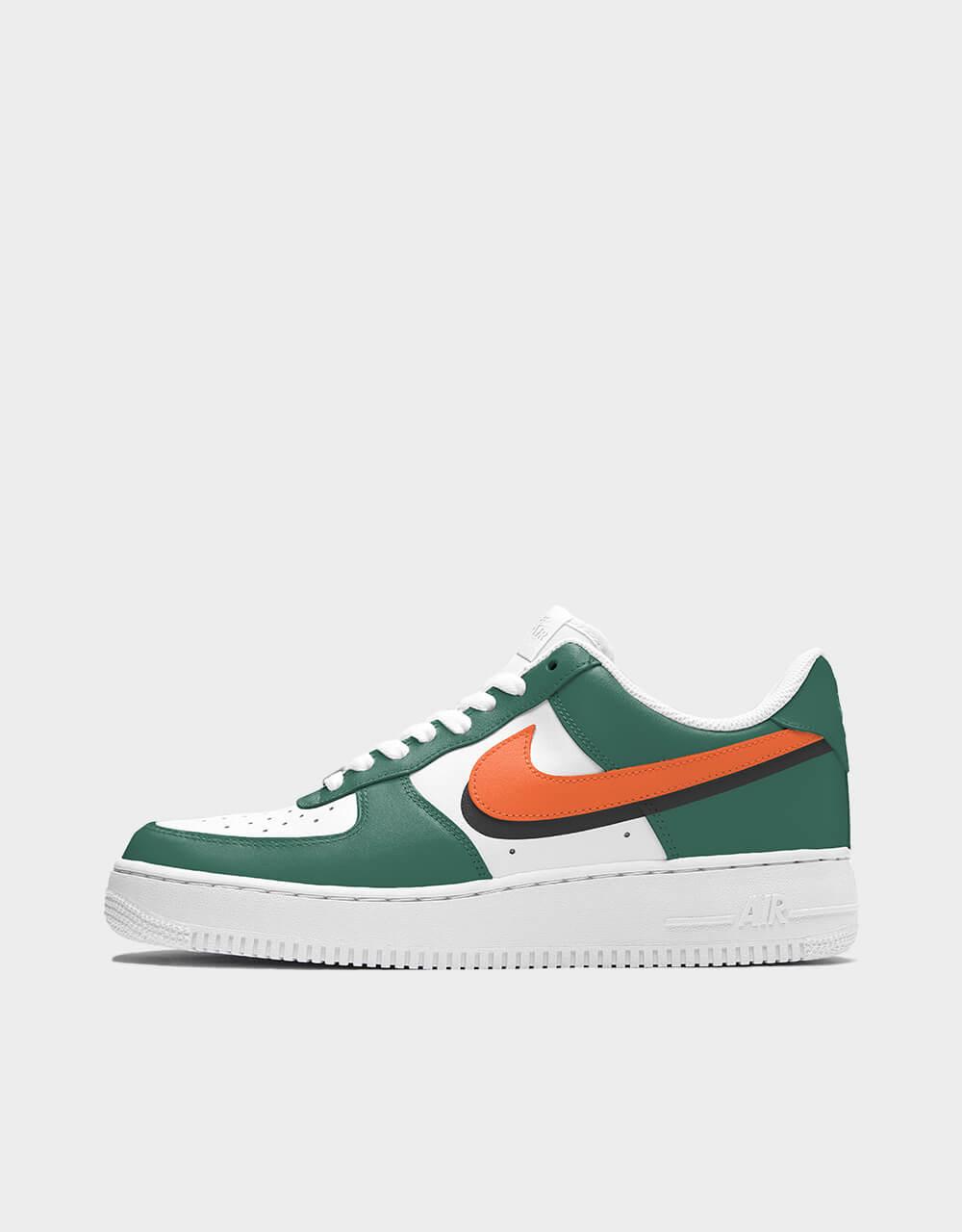 "Sneakers Air Force One, modèle ""Flash Orange"""