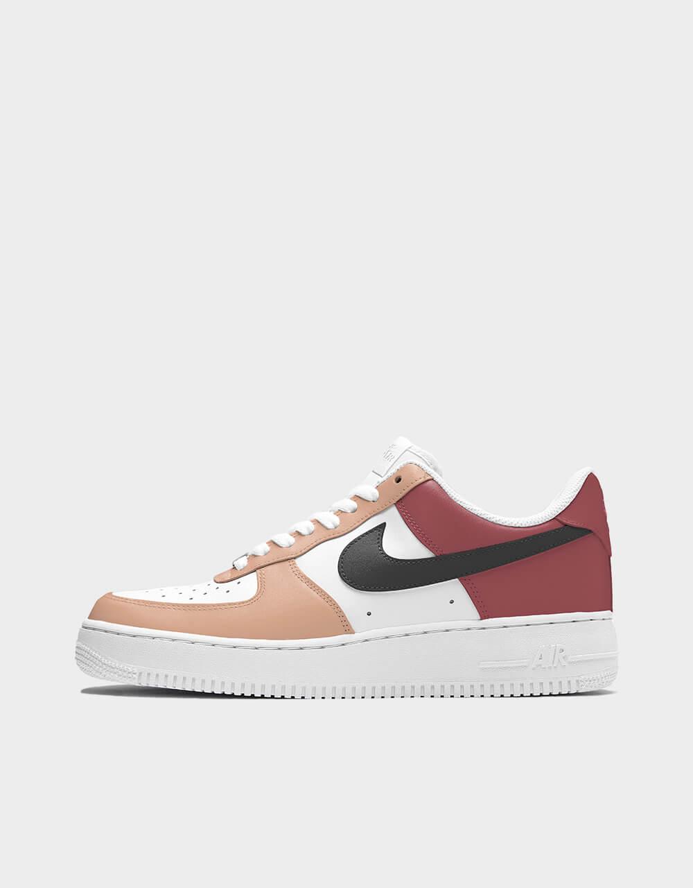 "Sneakers Air Force One, modèle ""Peach Nougat"""