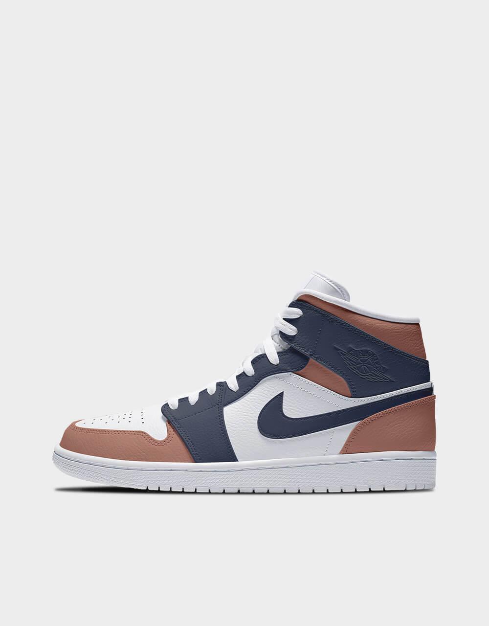 "Sneakers Air Jordan Mid, modèle ""Toffee Midnight"""